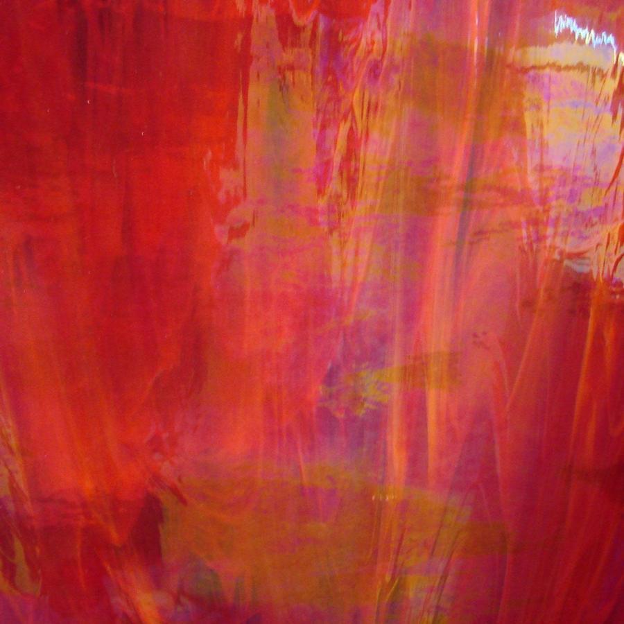 Spectrum Red and White Wispy Iridized