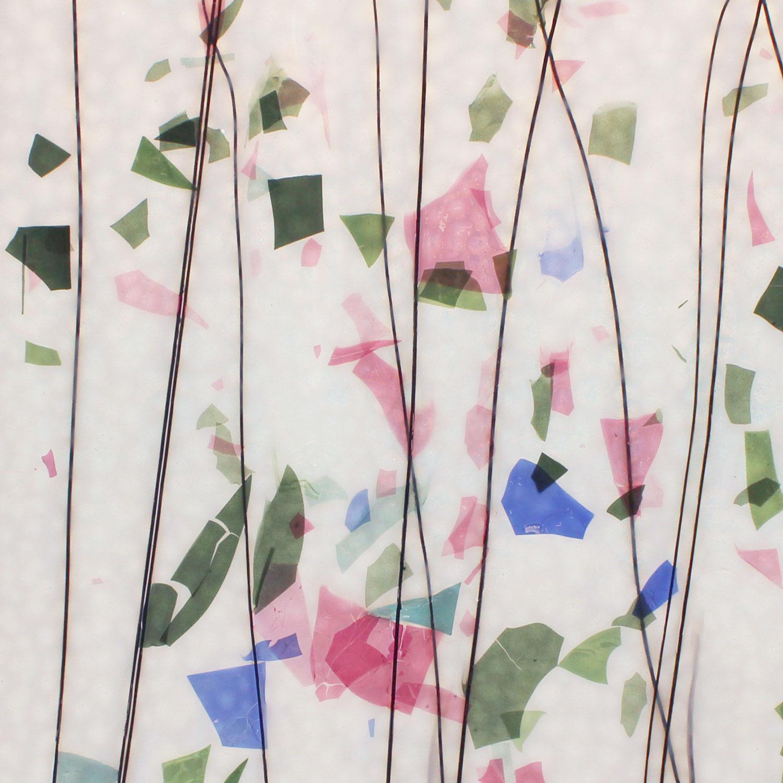 Bullseye Blue, Green, Aqua and Pink on White Fracture-Streamer - 90 COE