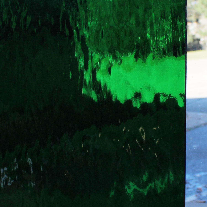 Oceanside Dark Green Transparent Waterglass