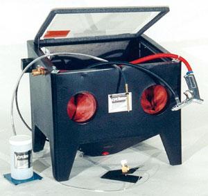 Cyclone Combination Sandblaster   International Voltage