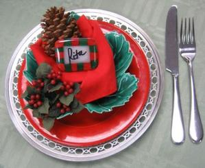 Free Holiday Place Card Holder Project Guide