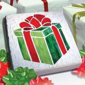 Free Merry Mosaic Present Pattern